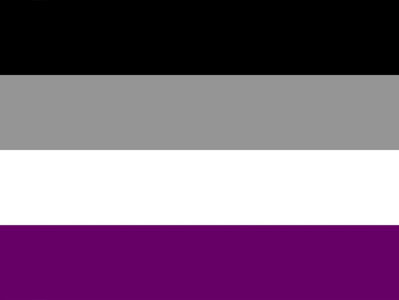 musta-harmaa-valkea-violetti