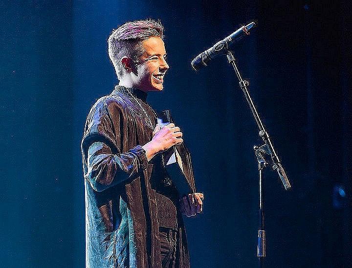 Tuure Boelius palkittiin Vuoden Homo -tunnustuksella alkuvuodesta 2017.