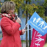 Sari Tanukselle on taas kerrottu: homoeroottinen tonttutanssi panopuuhineen