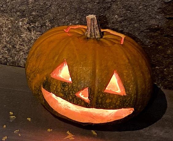 Halloweenin aikaan henkien katsotaan liikkuvan